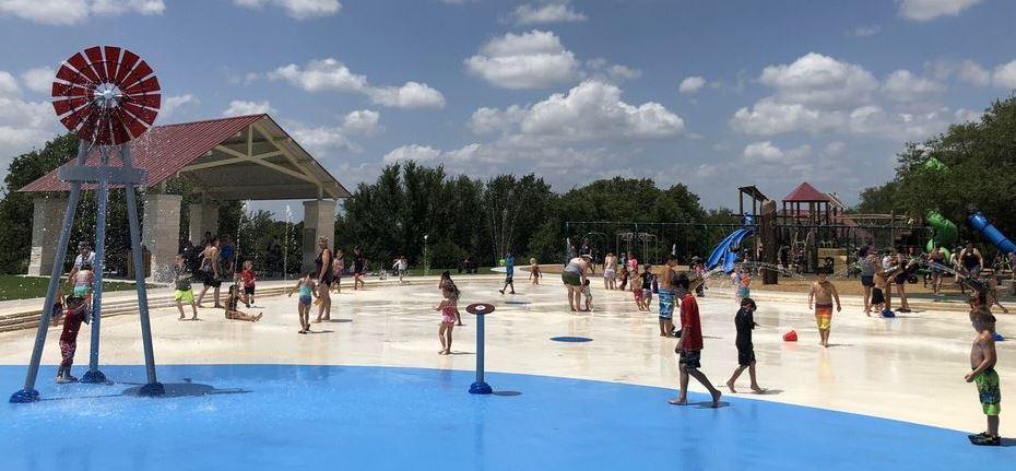 Garey Park Splash Pad